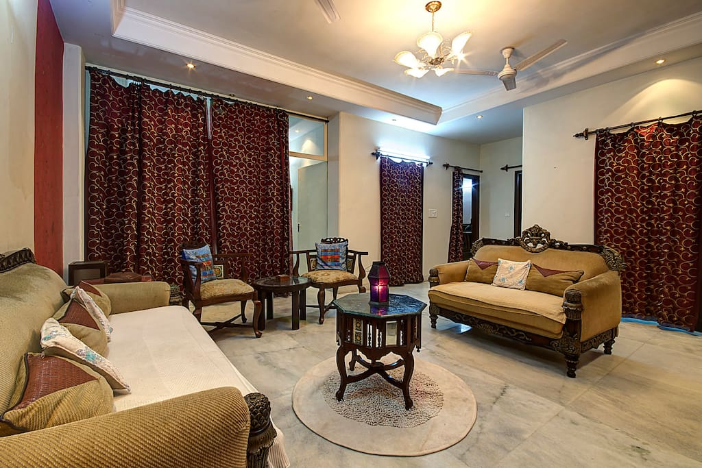 Home Stay Free Wifi Meals Laundry Apartments For Rent In New Delhi Delhi India