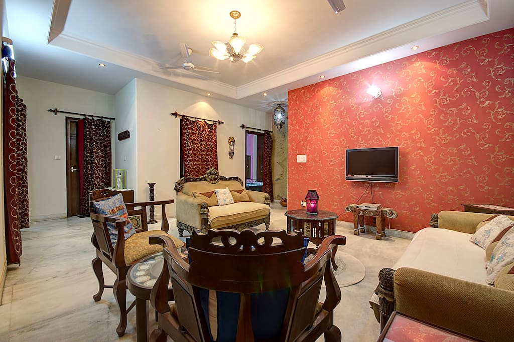 Home stay (Free wifi,meals,laundry)