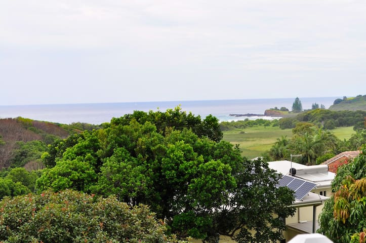 Family ocean-view home in Lennox Head
