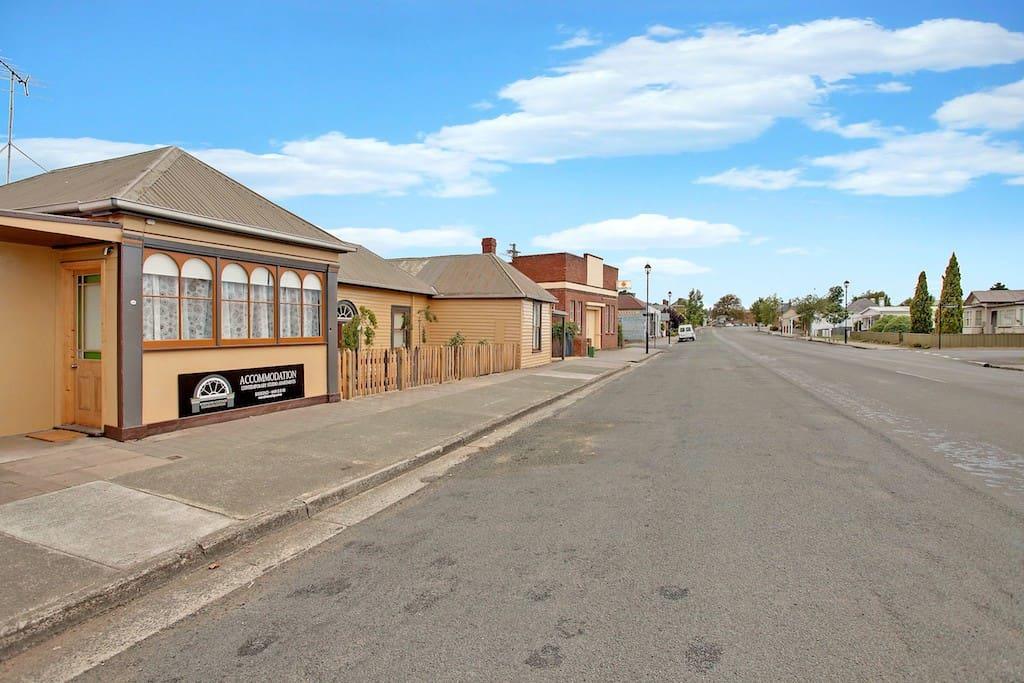 The historic main street of Oatlands.
