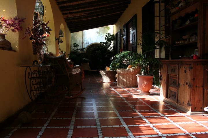 B&B in colonial styled hazienda - Santa Brígida - Bed & Breakfast