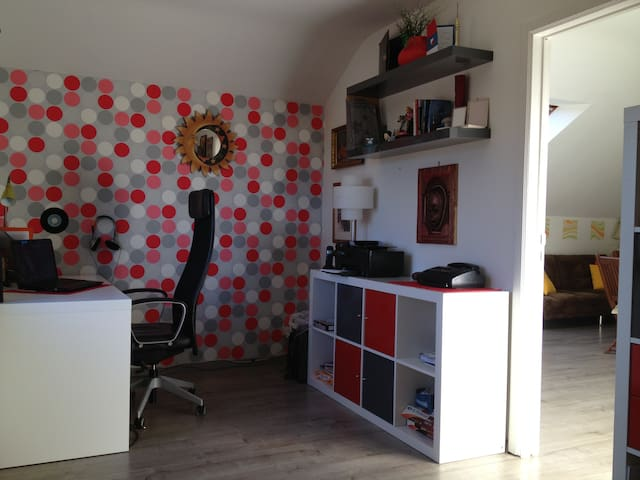 Modern apartment South of Brussels-close to Univ - Hoeilaart - Leilighet