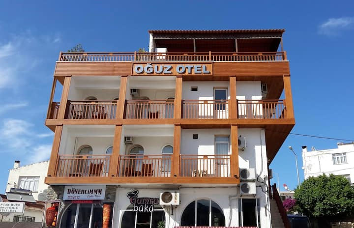 Datça Limanında Konforlu Otel Odası