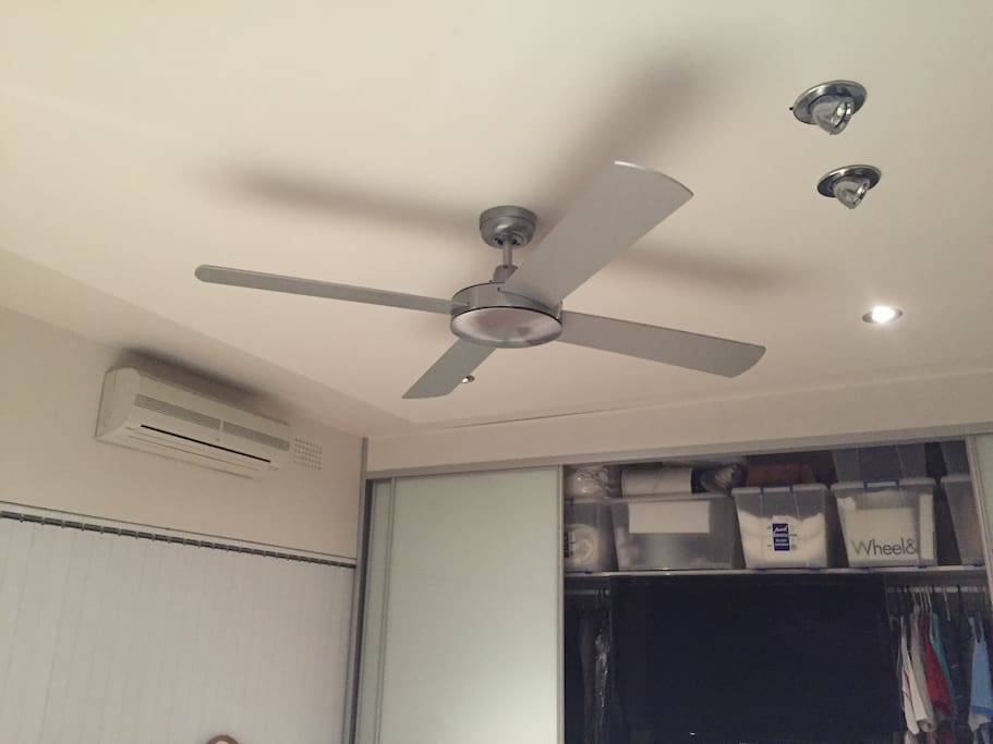 Ceiling fans in both bedrooms.