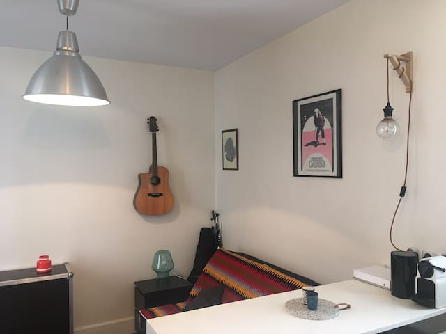 Joli Studio Montreuil / Proche Paris