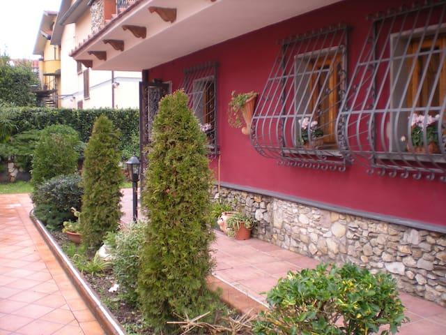 Appartamento vicino Grotta Giusti - Monsummano Terme - บ้าน