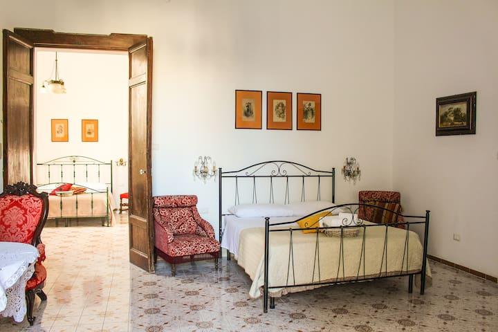 Camera da letto grande