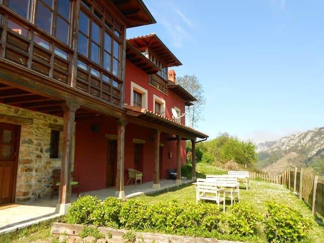 Hotel rural La Gloria del Sueve - Oriente de Asturias - Bed & Breakfast