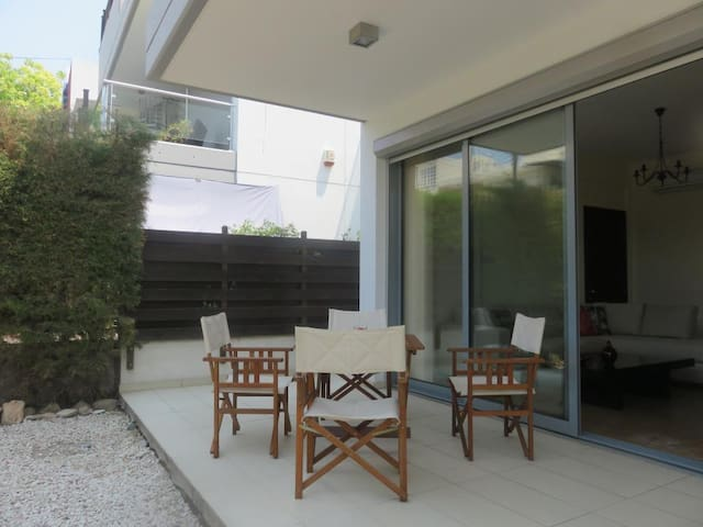 Two bedroom flat with private outdoor space