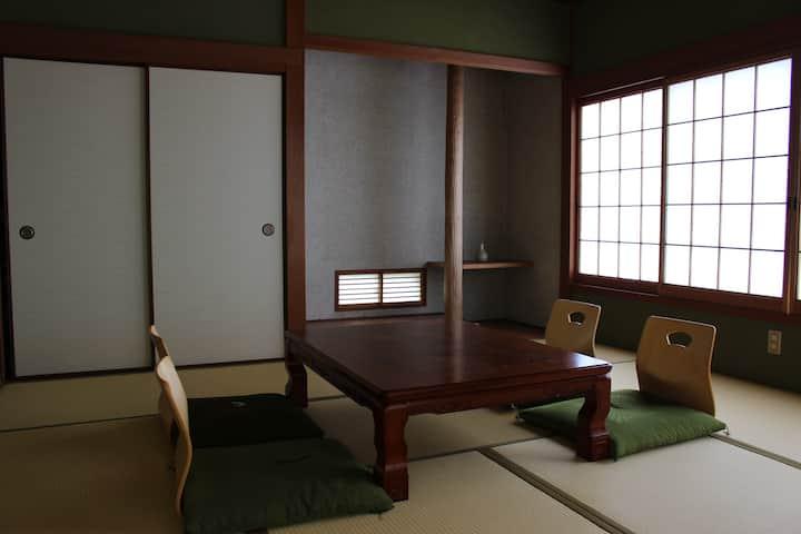 宮島でのんびり過ごせる日本の家(1階)