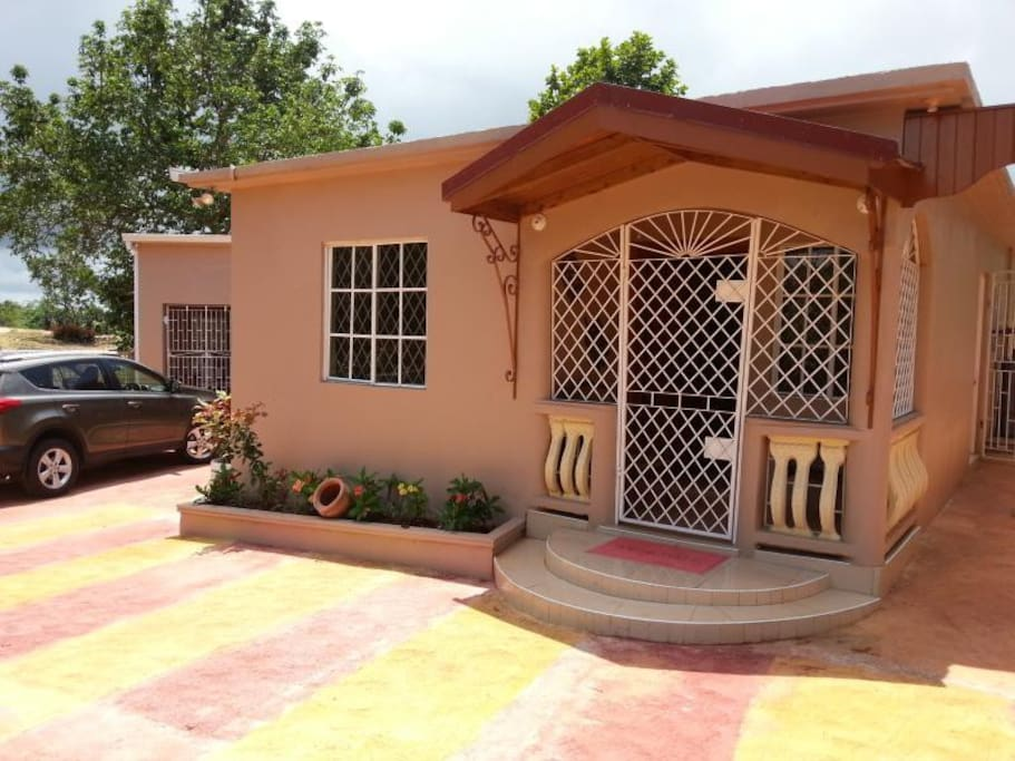 Cliffe 39 S Ranch 2 Bedroom 2 Bathroom Houses For Rent In Mandeville Manchester Parish Jamaica