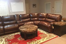 Recliner / sectional