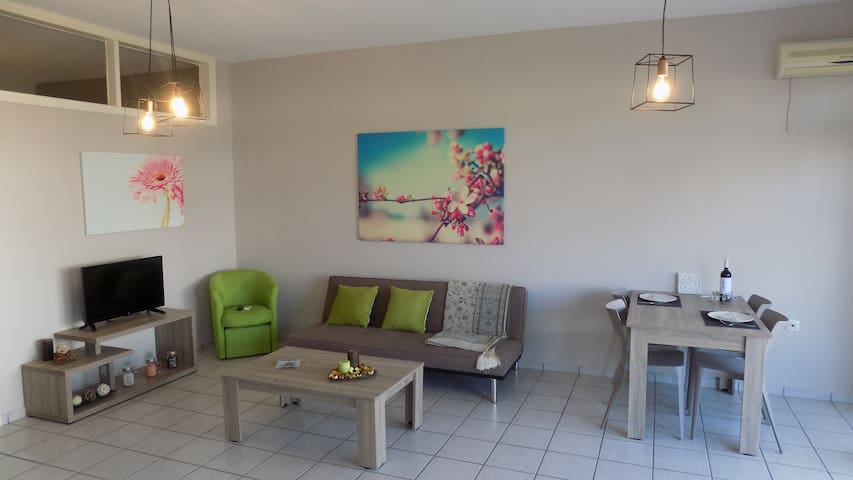 Platanias Central Apt ΙΙ 100m from the beach