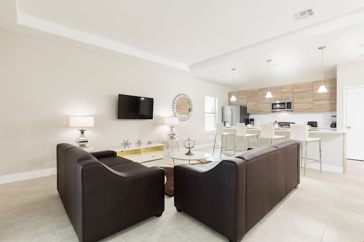 Wonderfully Elegant 4 Bedroom Home with Pool and Balcony