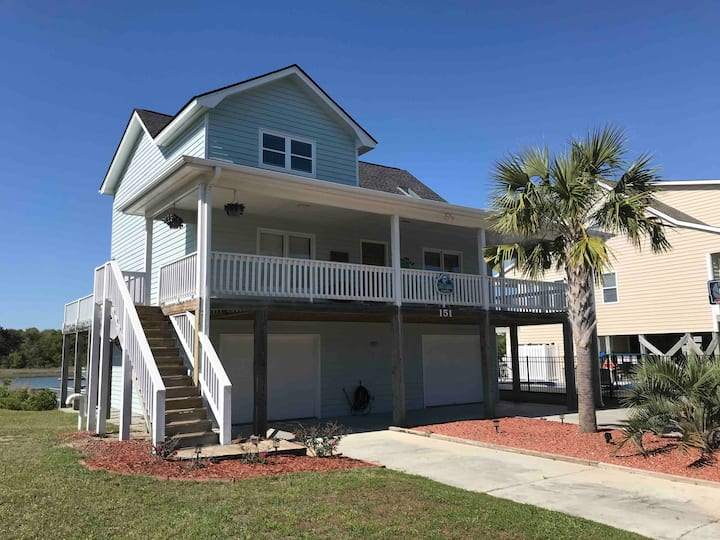Amazing Waterway home - FishFynn's Holden Beach.