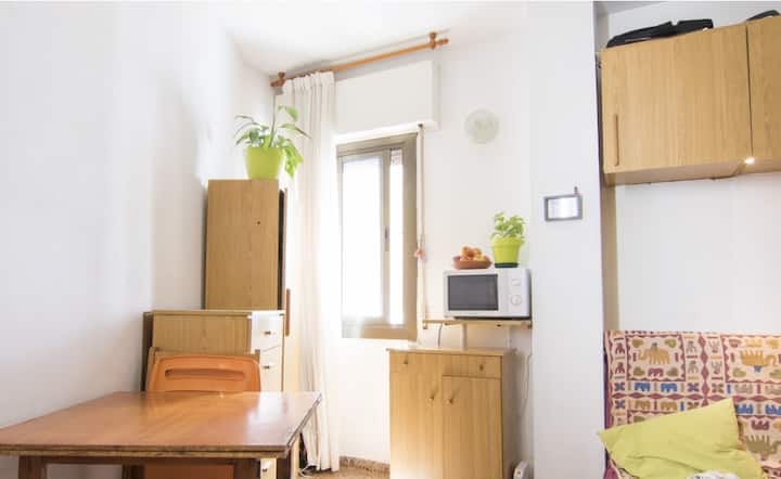 BRAND NEW STUDIO in Sant Andreu: B the first guest