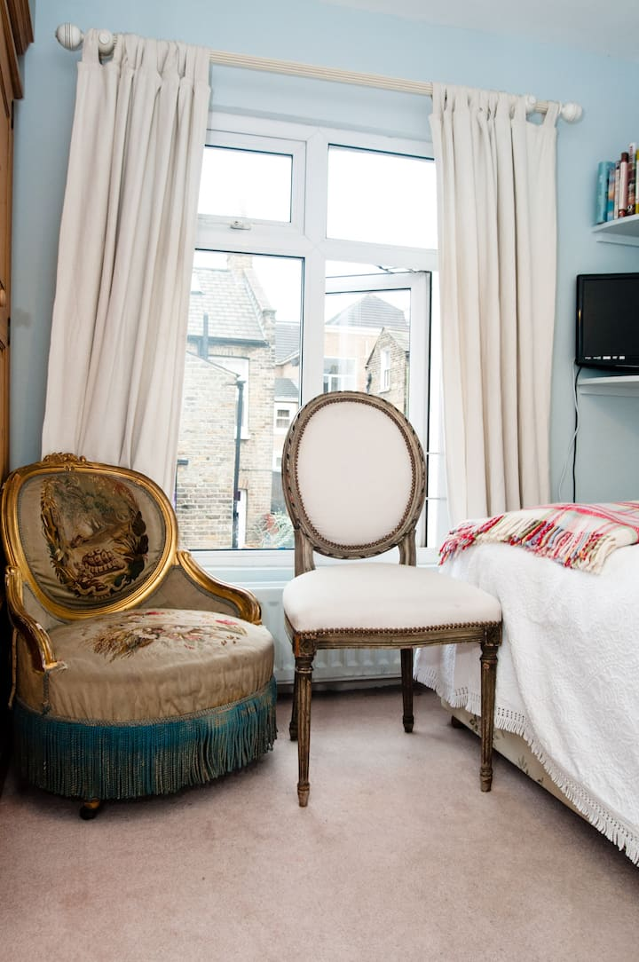 Single Room - Clapham / Battersea