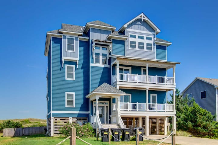 Book for 2021! Ocean Dream! Immaculate Oceanfront Home!
