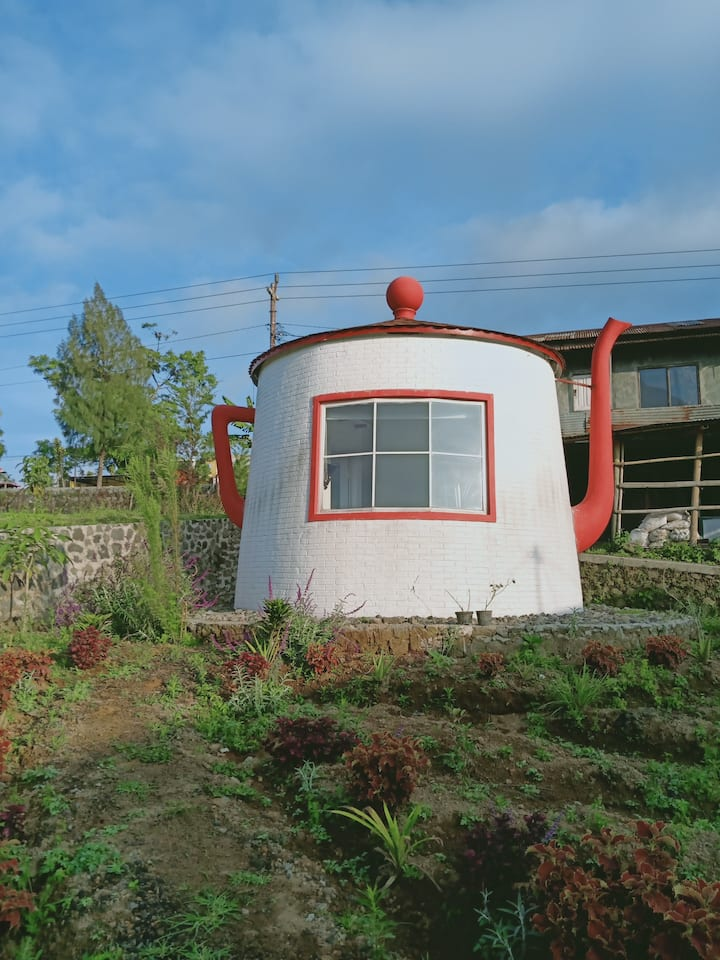 Teapot House - Kledung Tiny House