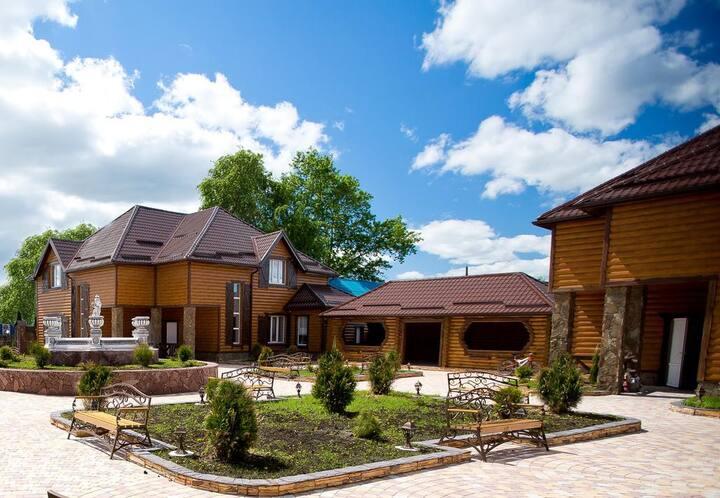 Комплекс VIP-коттеджей «Царское Село»
