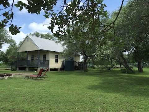 Green Jay Cottage at Barnhart Q5 Ranch