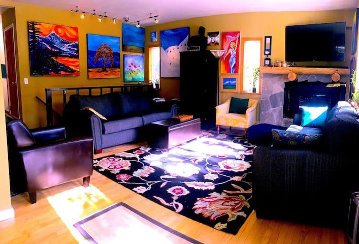Room With A Forest View + 100 MG. WIFI+Netfix! - Stateline - Penzion (B&B)