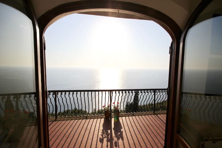 Overlooking the sea, Villa Lella