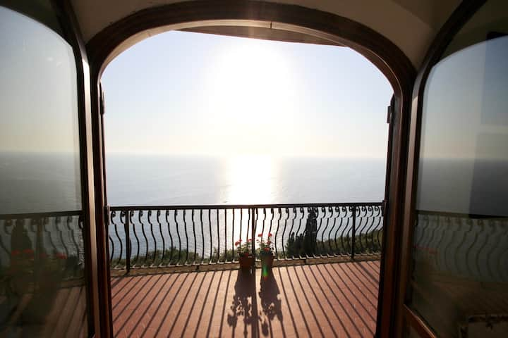 Overlooking the sea, Villa Lella