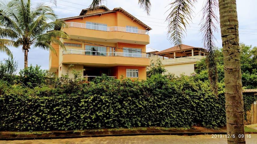 Casa de praia com piscina em Ubu Anchieta