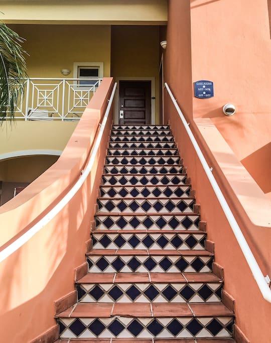 Entrance to Villa Ortici-606