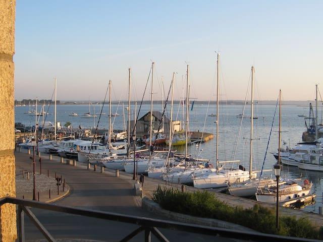 T2 lumineux au coeur du Croisic, vue sur le port - Le Croisic - Apartamento