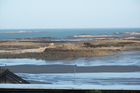 vue  sur mer, plage a 50m a pied - Trévou-Tréguignec