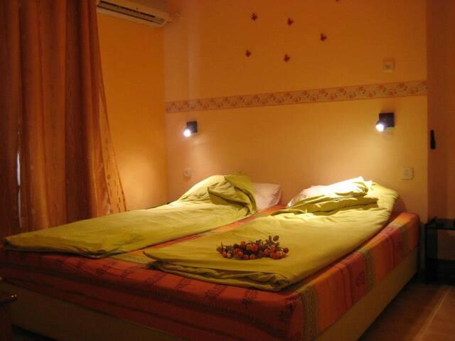 MUL EDOM  Family Apartment - Ein Tamar - Apartment