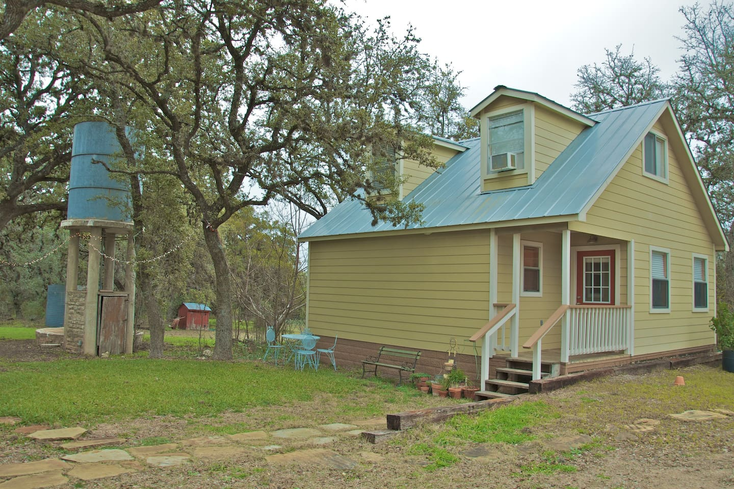 cottages rental the coffee cedar cottage get wimberley vacation for deck in morning away hill your covered country