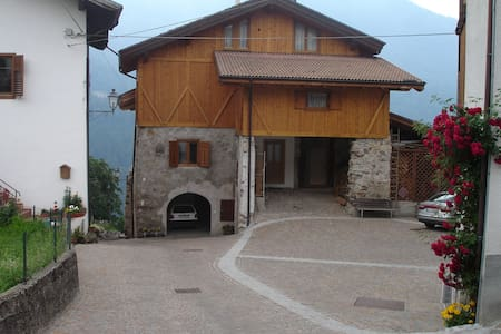 Mountain holiday in Rumo ! - Mione-corte Inferiore - Lejlighed
