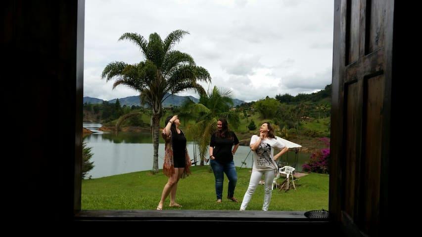 THE LAKE HOTEL- CASA FINCA - Peñol - วิลล่า