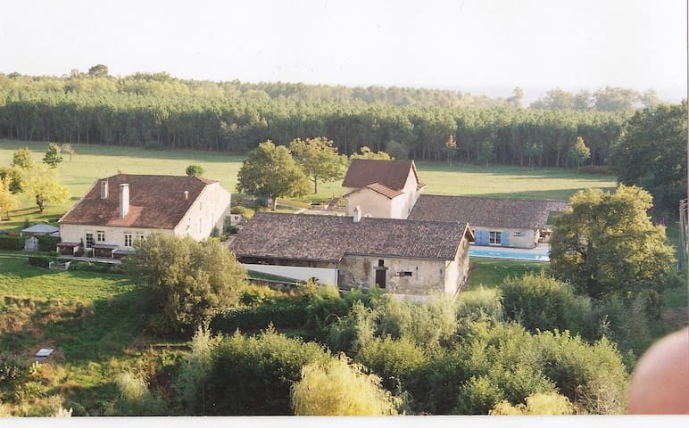 B&B 3 rooms Gironde and Landes - Bernos-Beaulac - Wikt i opierunek