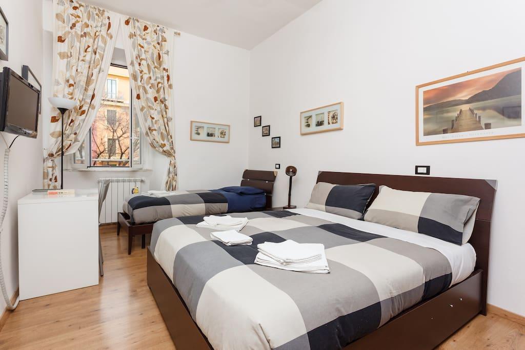b b rome vatican subway centre wifi chambres d 39 h tes louer rome latium italie. Black Bedroom Furniture Sets. Home Design Ideas