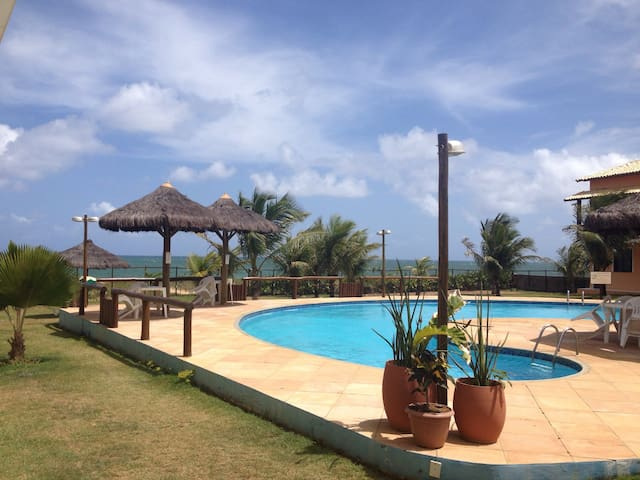 Stunning seaside three bed condo. - Itacimirim - Apartment