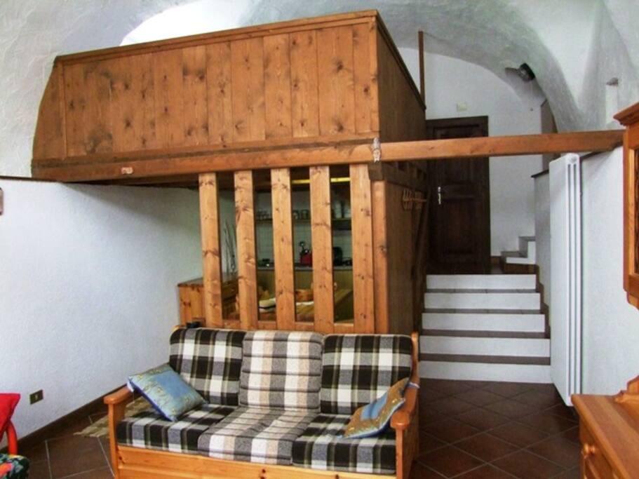 Bilocale comodo e caratteristico - Apartments for Rent in ...