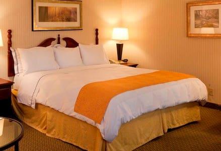 Mirage Hotel # 3 - Gonaives