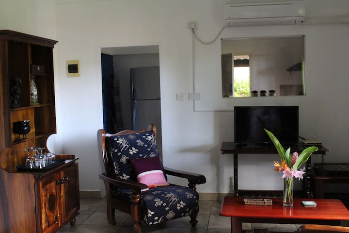 Stephna one bedroom apartment. - Anse Royale - Flat