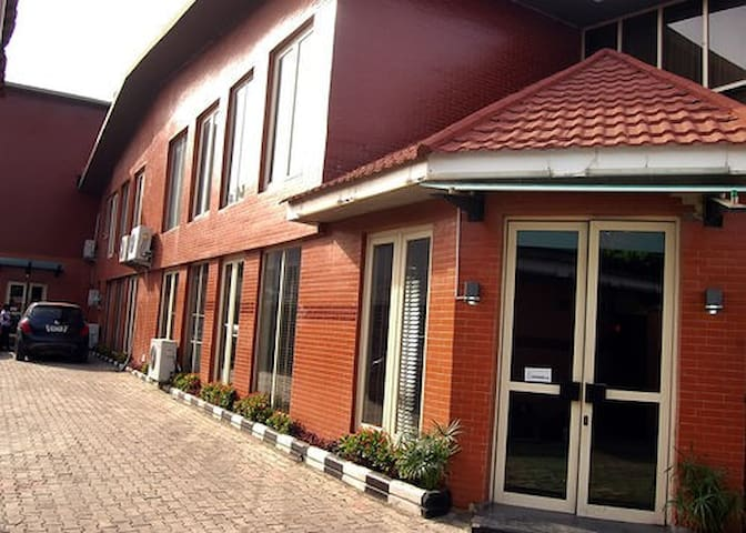 Villa Angelia Hotel & Chinese Restaurant