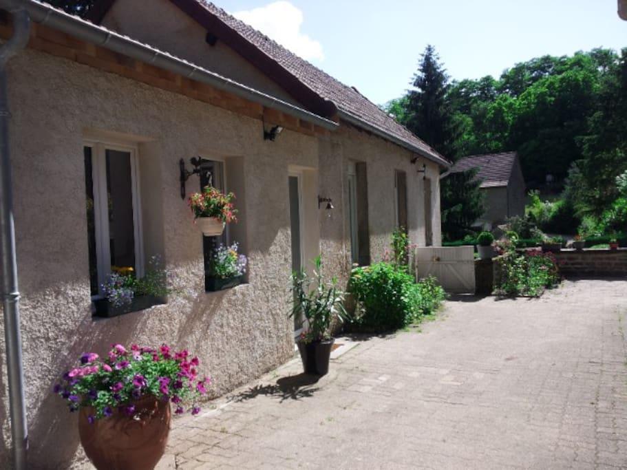 Maison de vacances au pied des vignes et du Mont-Rome-Château