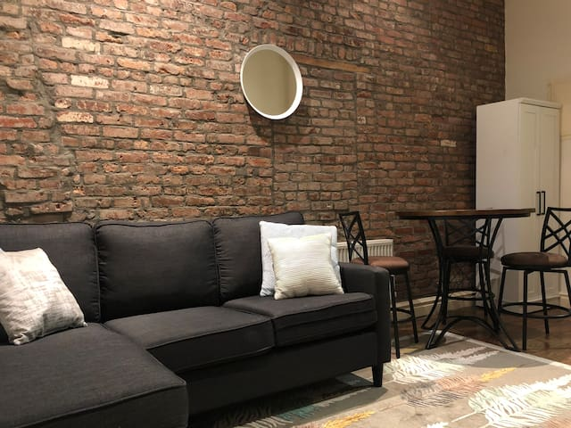 EXPOSED BRICK LARGE ROOM in EAST VILLAGE
