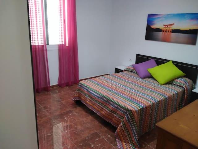 bright and spacious apartment with views - San Sebastián de La Gomera - Hus