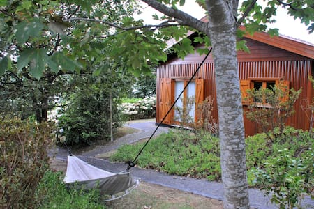 Comfortable pinewood cottages  - Vila Franca Do Campo - Chalet