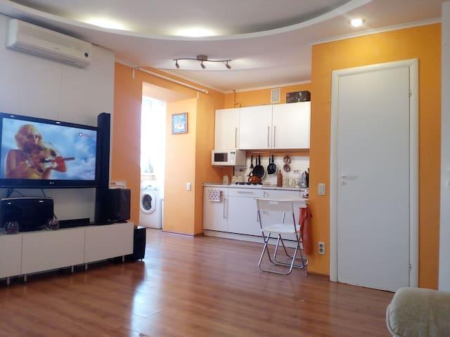 Квартира-студия на Кутуя, 54