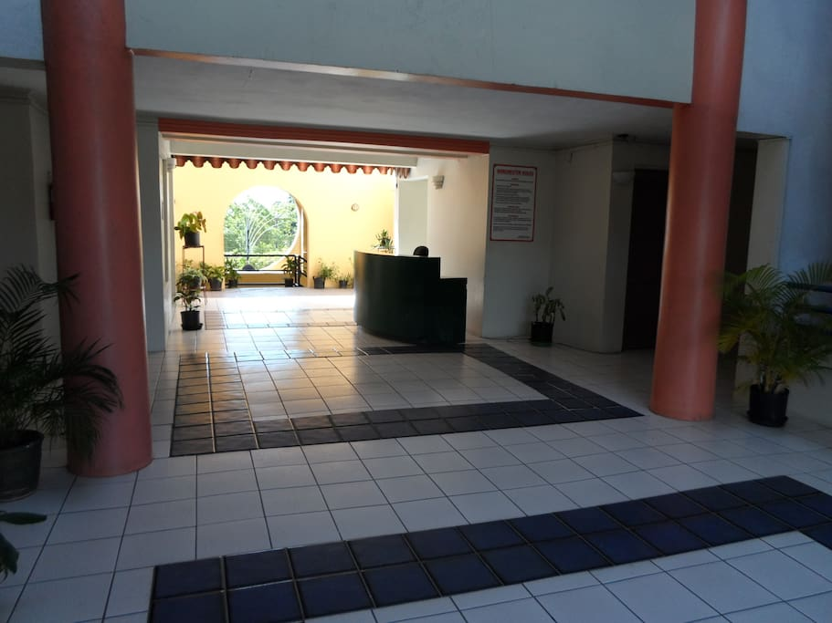 Front Entrance Lobby Area