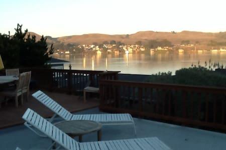 Serene Water Views at Baymeadow - Bodega Bay - Haus